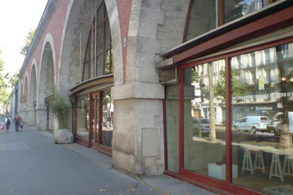 ירדו מהפסים: Vivaduc des Arts