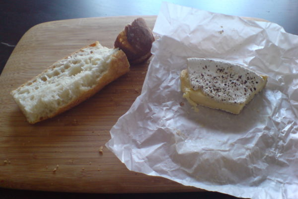 לחם הקודש 2010 / קטנה פריזאית