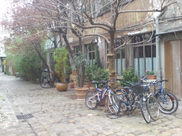 rue de Charonne, חצר פנימית יפהפיה