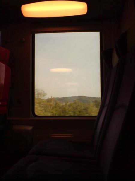 מחלון הרכבת. ז'יברני-מאנט לה ז'ולי 1