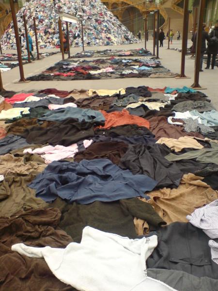 69 ריבועים של מעילים. בולטנסקי בגראנד פאלה
