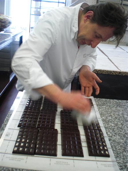 גן עדן לאובססיביים. מיסייה ז'נאן מבריק שוקולדים