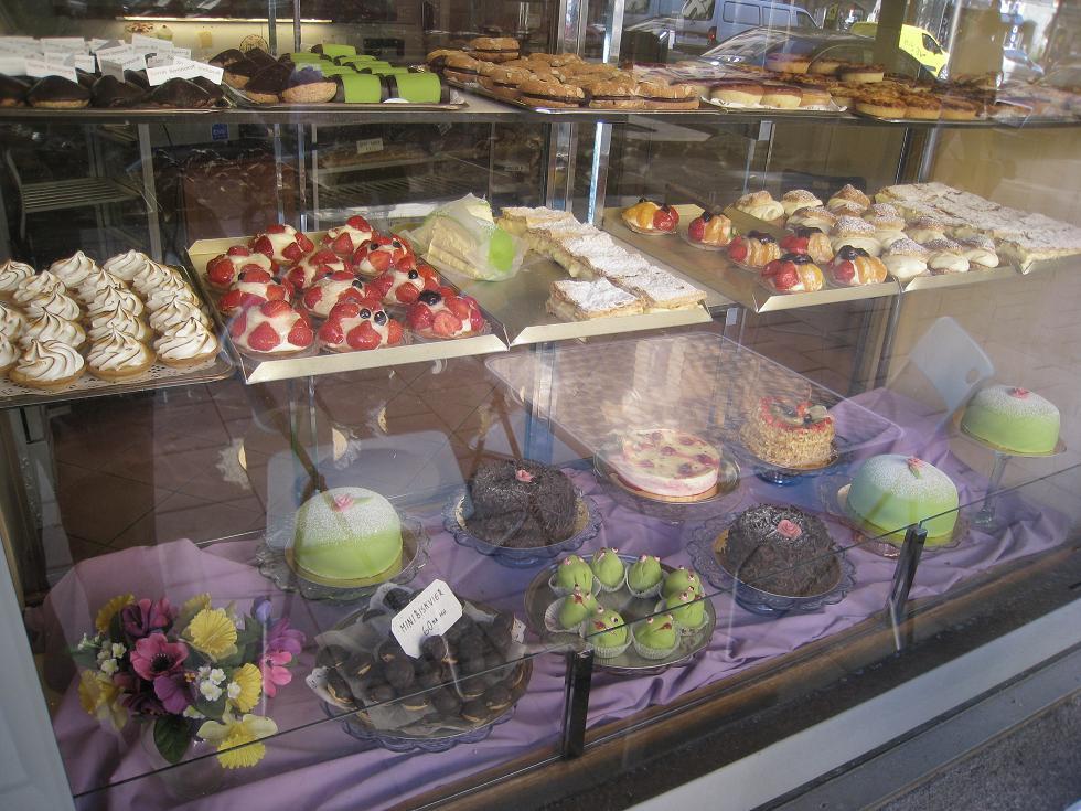 עוגות שוודיות. שוודיות אחת אחת
