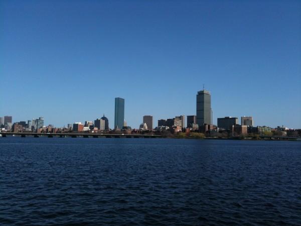 זכות השיבה לבוסטון / אייל גרוס