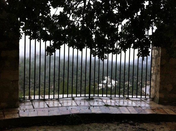 ערפילי בוקר והעמק 1