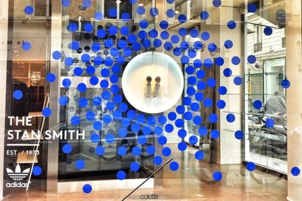 Colette-x-Stan-Smith-windows-by-Studio-XAG-Paris-France (Medium)