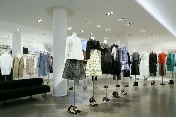 The-Best-Fashion-Stores-In-Paris-3 (Medium)